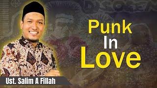 Download Video Ustadz Salim A Fillah - Punk in Love MP3 3GP MP4