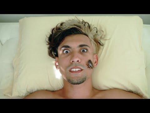Larry Paz - Cucaracha (Music Video)