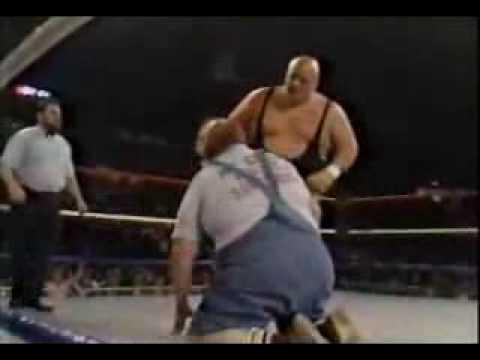 King Kong Bundy vs Uncle Elmer, 1986