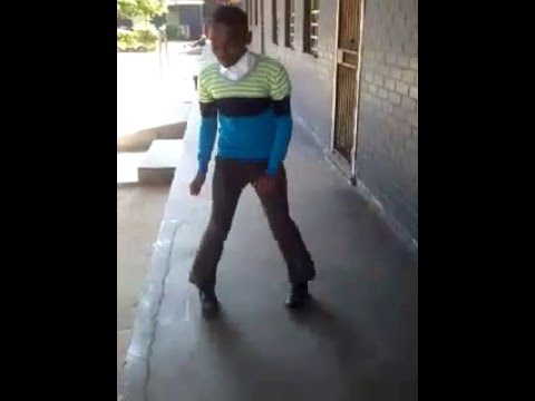 king Kfizo killing the game with current skhothane dance ...