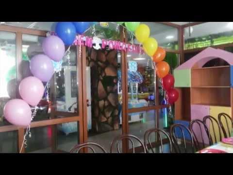 Смотреть онлайн Оформление воздушными шарами день рождения детский Decoration with balloons birthday baby