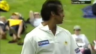 Shoaib Akhtar demolishes New Zealand 7 wickets lost for 8 runs!