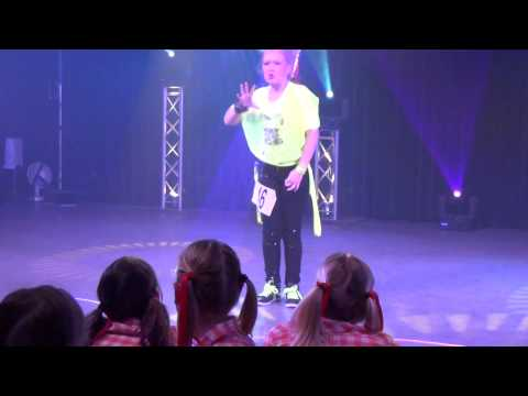 Romy Diemeer  solo wedstrijd wijchen 06 04 2014 030