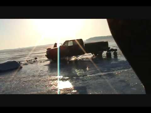 Ice fishing minnesota idiots on lake waconia 2009 youtube for Lake waconia fishing report