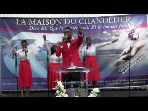 De Gloire En Gloire Tu M'emmènes Seigneur / Tu Règnes à Jamais (MDC VOICE )