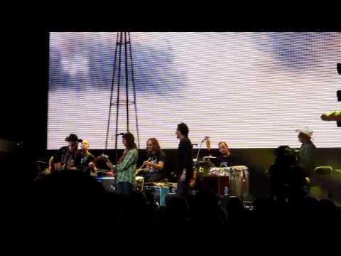 Willie & Lukas Nelson - Live at Farm Aid 2011 Kansas City, KS