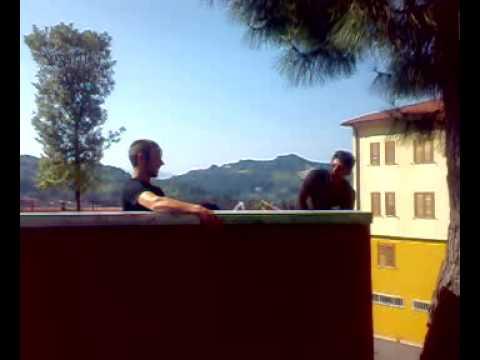 Italia 1 dalla fontanella pipi