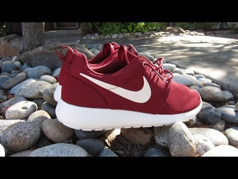 check out b40d2 18134 ... order nike team red roshe run review on feet ec086 cf0fa