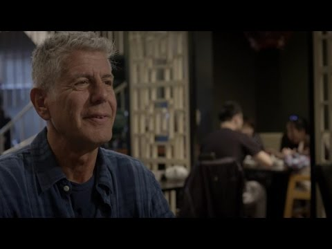 Anthony Bourdain Gets A Taste Of Chicago's Chinatown (Parts Unknown)
