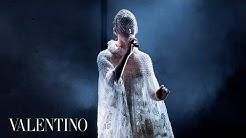Valentino   FKA Twigs Live Performance x #ValentinoMenFW20