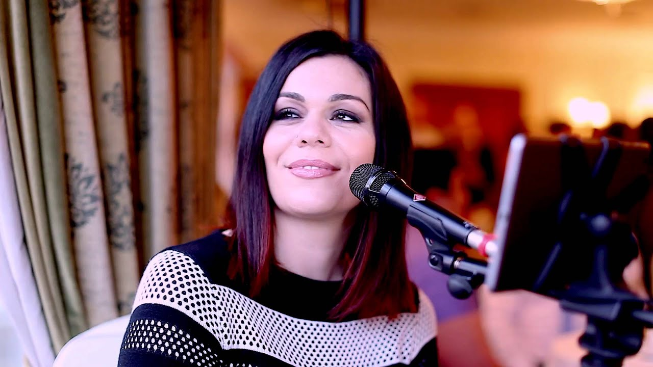 Nikki Kavanagh Video 8