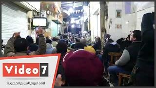 بالفيديو.. فرحة الجماهير بهدف محمد صلاح الاول فى شباك بوركينا فاسو بوسط البلد