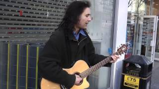 Busker Ian Whitehead 'Man on the Moon' (REM)