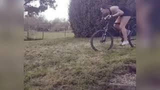 ( BEYOUFIT AT HOME ) Storie humour du lundi avec Alex pour les FAN de vélo