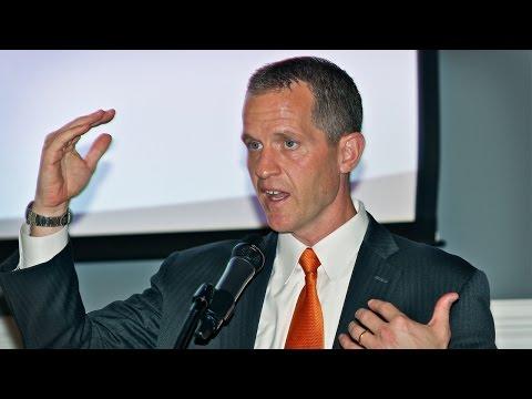Dr. Michael Collins speaks at the Thiel College Haer Family Symposium