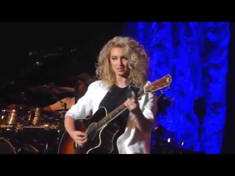 Tori Kelly 'I Was Made For Loving You' Greek Theatre
