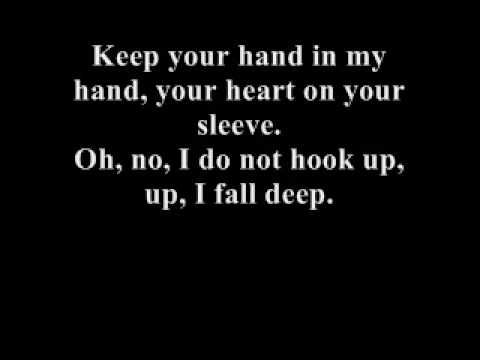 I do not hook up by kelly clarkson lyrics