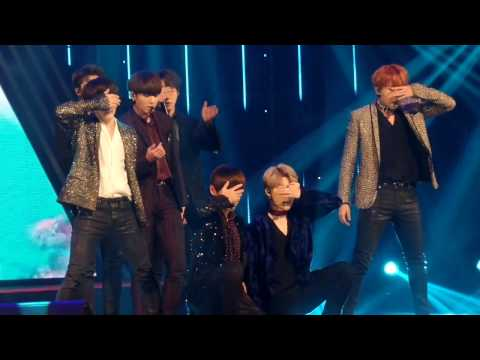[FANCAM] BTS - BLOOD SWEAT AND TEARS 161116 AAA