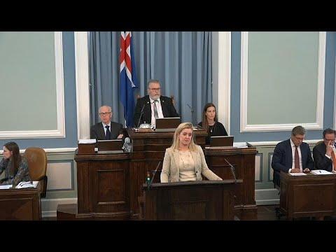 بشرى للجنس اللطيف في آيسلندا.. البرلمان يخفض الضرائب عن المنتجات النسائية…  - 09:53-2019 / 6 / 14