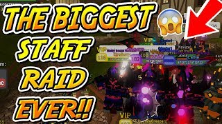 THE BIGGEST STAFF RAID ON DUNGEON QUEST EVER!! (Roblox)
