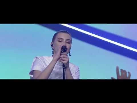 Taya Smith  //Alive //Hillsong  Live