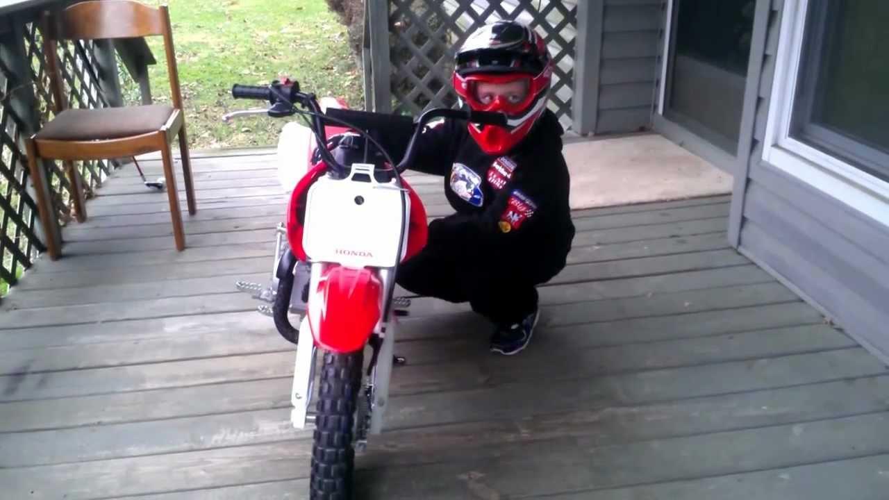 7 year old boy start Honda CRF 50 trail bike on 1st day ! - YouTube