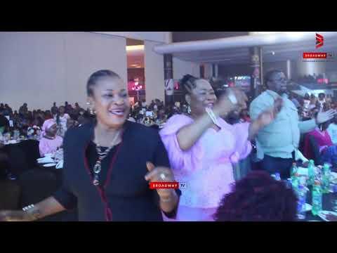 Tosin Martins Perform 'Olo Mi' Live on stage at Shuga Concert