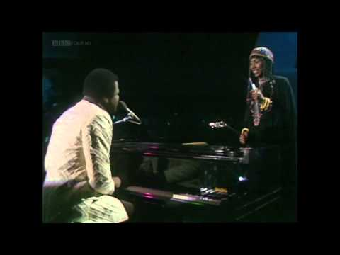 Billy Preston & Syreeta – With You I'm Born Again (Live) (TOTP 1980)