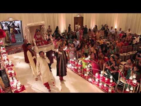 Most AMAZING Paalki Wedding Entrance