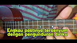 LAGU VIRAL !! Story wa || exist - mencari alasan versi ukulele Video