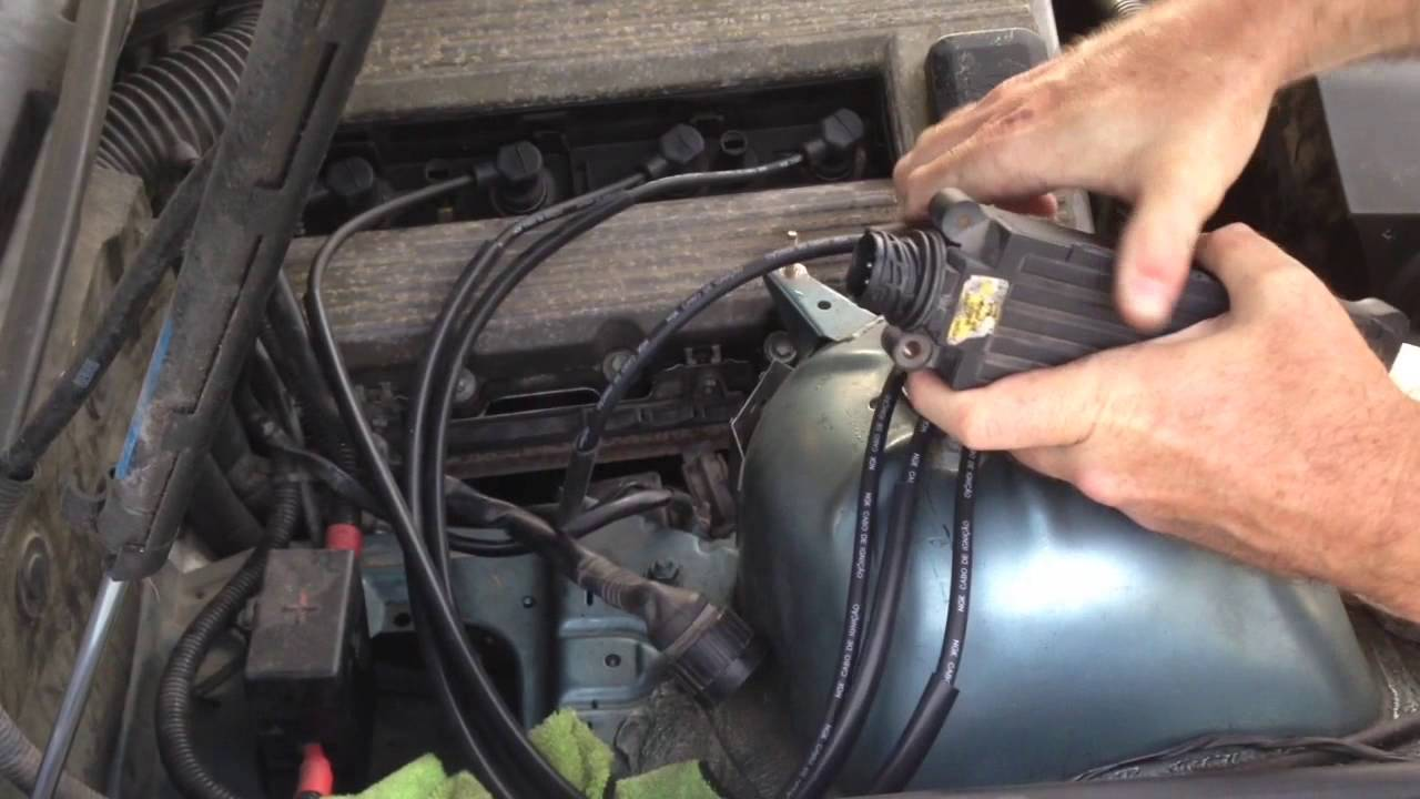 bmw e36 318i 318ti 318is m44 spark plug wire replacement [ 1280 x 720 Pixel ]