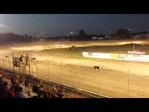 Aj ward racing.6/24/16 heat race @i-96 speedway