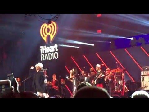 Culture Club - Karma Chameleon LIVE feat. Martha Quinn I Heart Radio 80's Party