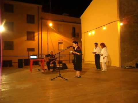 "Teresa Davoli e Arcangelo Cossu -""Oje tottu a bidda"": Ammentos de Orune."