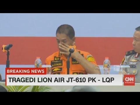 Kami Bukan Manusia Super, Kepala Tim Basarnas Menangis di Depan Keluarga Korban Lion Air JT-610