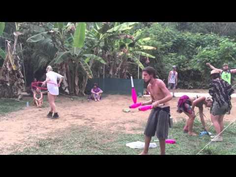 Santiago club juggling