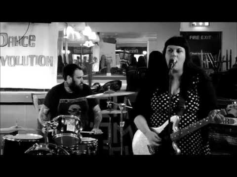 Think Pretty - Live at Roath Park Pub, Cardiff
