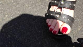 Repeat youtube video long toenails