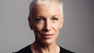 Annie Lennox Urges Feminists to