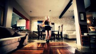 Repeat youtube video J Alvarez - Vamo a quitarnos la ropa (Official Video) 2011 720p-HD