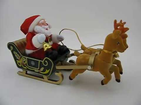 Maisto Animated Musical Reindeer with Sleigh