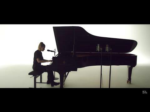 Betta Lemme - Bambola | Acoustic