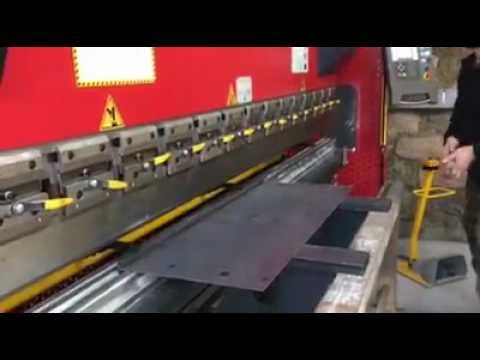 Nouvelle presse plieuse commande numérique   Ferronnerie d'a