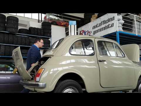 Fiat 500F si risveglia dopo circa 20 anni di riposo