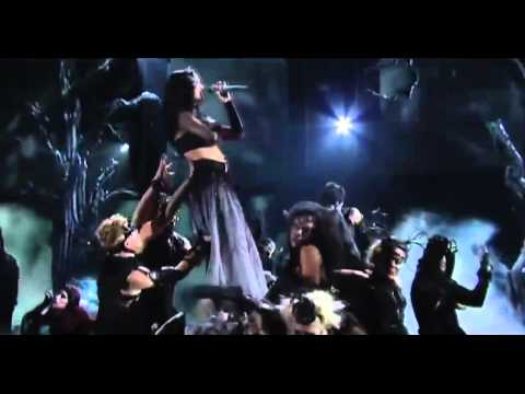 Katy Perry-Dark Horse Ft Juicy J. Live Metalized Ver. GRAMMY Awards 2014