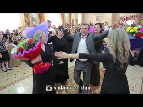 Ругубият Абдулхаликова.Кумыкская свадьба.Танец брата и сестры , на свадьбе ТАРКИ