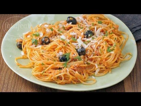 سباجيتي بالزيتون الأسود وصلصة الطماطم الكريمية - سلمى في البيت - فتافيت