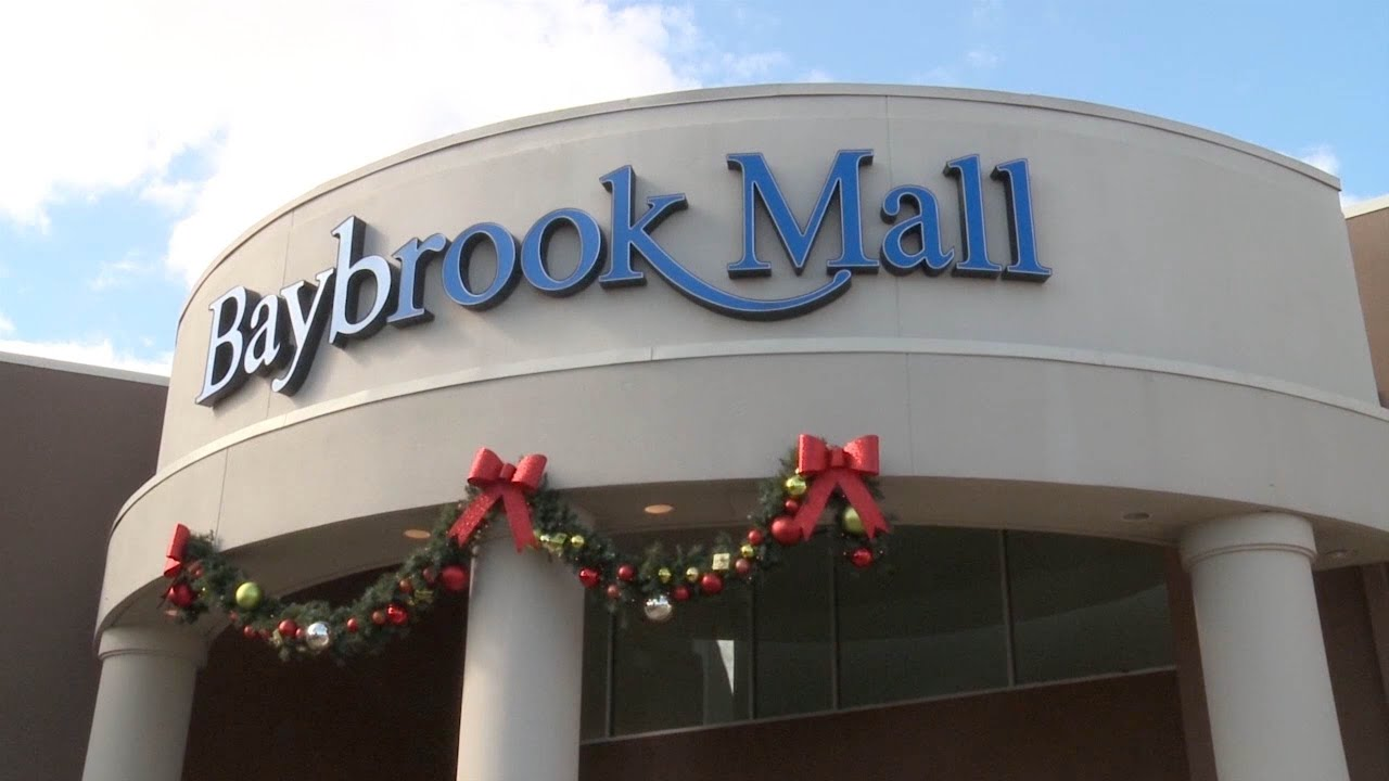 retail store manager - full time - baybrook mall - friendswood Swarovski - Texas WHAT YOU CAN EXPECT You will work in a fascinating field, as part of a motivated, dynamic team, within the world of fashion, jewelry and accessories and.