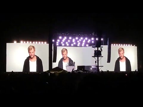 Kygo - Tribute To Avicii ' Without You ' at Coachella 2018