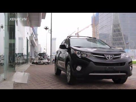 """""""Soi"""" Toyota RAV4 2.5 Limited 2015 nhập khẩu ở Hà Nội"""